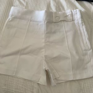 Janie and jack size 8 white shorts with bow accent